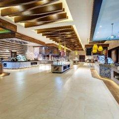 Отель Royalton Bavaro Resort & Spa - All Inclusive Доминикана, Пунта Кана - отзывы, цены и фото номеров - забронировать отель Royalton Bavaro Resort & Spa - All Inclusive онлайн питание фото 3