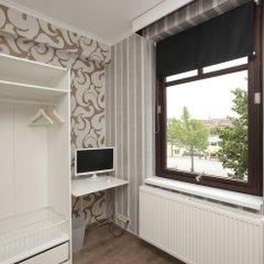 Отель B&B Antwerp Harbour View комната для гостей фото 3