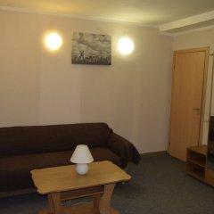 Hotel Nezhinskiy комната для гостей фото 2