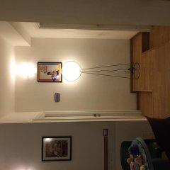 Отель B&B Kerry Blu Бари сейф в номере