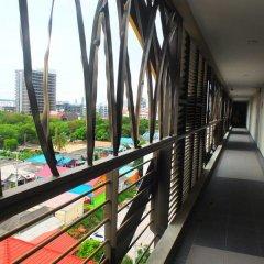 Отель Curve Boutique Pattaya балкон