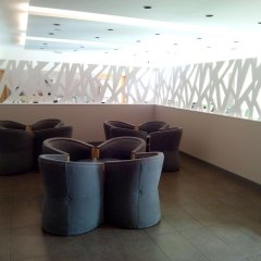 Отель B&B Hotel Madrid Aeropuerto T1 T2 T3 Испания, Мадрид - 8 отзывов об отеле, цены и фото номеров - забронировать отель B&B Hotel Madrid Aeropuerto T1 T2 T3 онлайн интерьер отеля фото 3