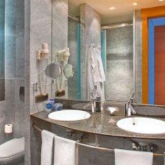 Отель SH Valencia Palace Испания, Валенсия - 1 отзыв об отеле, цены и фото номеров - забронировать отель SH Valencia Palace онлайн ванная