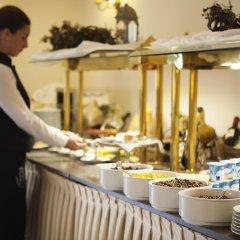 Отель Villa Jerez Испания, Херес-де-ла-Фронтера - отзывы, цены и фото номеров - забронировать отель Villa Jerez онлайн питание фото 2