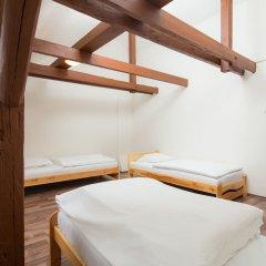 IM Easy Housing Hostel Прага спа