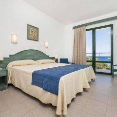 Отель Globales Cala'n Blanes Кала-эн-Бланес комната для гостей