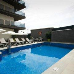 Отель Apartamentos Fuengirola Playa Испания, Фуэнхирола - отзывы, цены и фото номеров - забронировать отель Apartamentos Fuengirola Playa онлайн бассейн