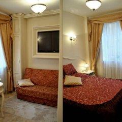 Отель Little Home - Empire Польша, Варшава - отзывы, цены и фото номеров - забронировать отель Little Home - Empire онлайн комната для гостей фото 4