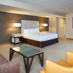 Отель Hilton Los Angeles Airport США, Лос-Анджелес - 10 отзывов об отеле, цены и фото номеров - забронировать отель Hilton Los Angeles Airport онлайн комната для гостей фото 5