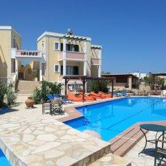 Отель Irides Luxury Studios & Apartments Греция, Эгина - отзывы, цены и фото номеров - забронировать отель Irides Luxury Studios & Apartments онлайн бассейн фото 2