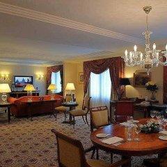 Prague Marriott Hotel Прага в номере