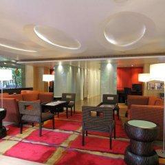 Отель Siri Sathorn Hotel Таиланд, Бангкок - 1 отзыв об отеле, цены и фото номеров - забронировать отель Siri Sathorn Hotel онлайн интерьер отеля фото 2