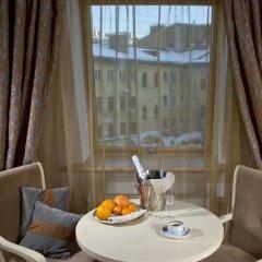 Гостиница Братья Карамазовы 4* Стандартный номер двуспальная кровать фото 17