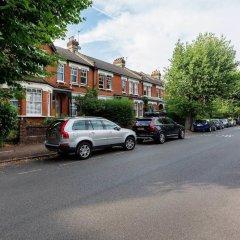 Отель Harmonious Harringay Home Великобритания, Лондон - отзывы, цены и фото номеров - забронировать отель Harmonious Harringay Home онлайн парковка