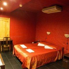 Гостиница Летучая мышь в Выборге 8 отзывов об отеле, цены и фото номеров - забронировать гостиницу Летучая мышь онлайн Выборг комната для гостей фото 2