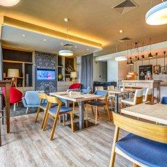 Отель Holiday Inn Prague Airport Чехия, Прага - 3 отзыва об отеле, цены и фото номеров - забронировать отель Holiday Inn Prague Airport онлайн питание