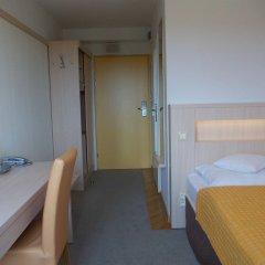 Отель Logos Варшава комната для гостей фото 2