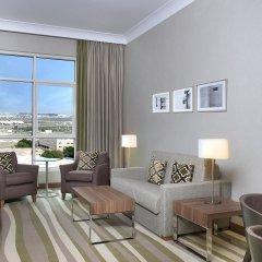 Отель Hilton Garden Inn Dubai Al Muraqabat Дубай комната для гостей фото 2