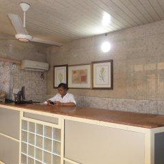 Peaceland Hotel LTD интерьер отеля