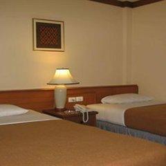 Отель Wall Street Inn Бангкок сейф в номере