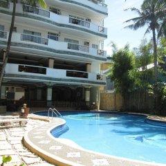 Отель Grand Boracay Resort Филиппины, остров Боракай - отзывы, цены и фото номеров - забронировать отель Grand Boracay Resort онлайн бассейн фото 2