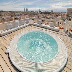H10 Montcada Boutique Hotel бассейн