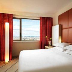 Отель Hyatt Regency Paris Etoile Франция, Париж - 11 отзывов об отеле, цены и фото номеров - забронировать отель Hyatt Regency Paris Etoile онлайн комната для гостей фото 5