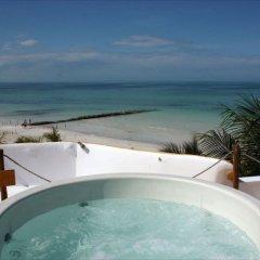 Отель Holbox Dream Beach Front Hotel by Xperience Hotels Мексика, Остров Ольбокс - отзывы, цены и фото номеров - забронировать отель Holbox Dream Beach Front Hotel by Xperience Hotels онлайн бассейн фото 2