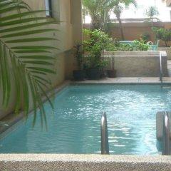 Отель Citadel Inn Makati Филиппины, Макати - отзывы, цены и фото номеров - забронировать отель Citadel Inn Makati онлайн бассейн