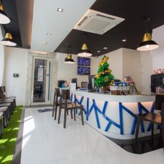 BearPacker Patong Hostel гостиничный бар