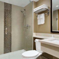 Отель Travelodge by Wyndham Toronto East ванная