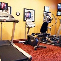 Отель Hampton Inn & Suites Los Angeles Burbank Airport Лос-Анджелес фитнесс-зал
