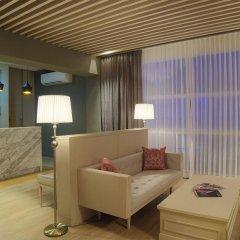 Отель The Raya Surawong Bangkok Бангкок интерьер отеля фото 2