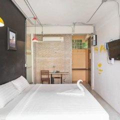 Saladaeng Gallery Hostel By Favstay Бангкок комната для гостей фото 4