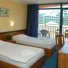 Hotel Condor Солнечный берег комната для гостей фото 2