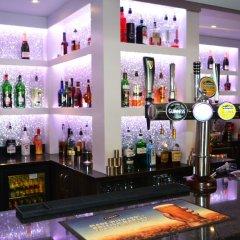 Lyndene Hotel гостиничный бар фото 2
