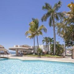 Отель Ramada Resort Mazatlan бассейн фото 3