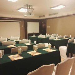 Отель Guangzhou Grand International Hotel Китай, Гуанчжоу - 8 отзывов об отеле, цены и фото номеров - забронировать отель Guangzhou Grand International Hotel онлайн помещение для мероприятий