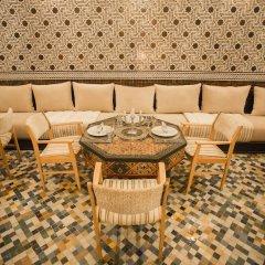 Отель Dar Si Aissa Suites & Spa Марокко, Марракеш - отзывы, цены и фото номеров - забронировать отель Dar Si Aissa Suites & Spa онлайн интерьер отеля фото 3
