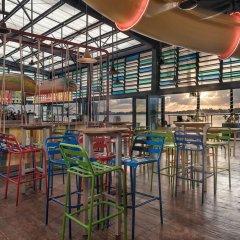 Отель Señor Frogs Hostel - Adults Only Мексика, Канкун - отзывы, цены и фото номеров - забронировать отель Señor Frogs Hostel - Adults Only онлайн гостиничный бар фото 2