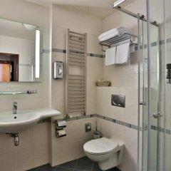 Отель Best Western Plus Hotel Meteor Plaza Чехия, Прага - 6 отзывов об отеле, цены и фото номеров - забронировать отель Best Western Plus Hotel Meteor Plaza онлайн ванная