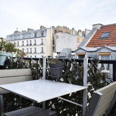 Отель Cosy 1 Bedroom Flat in Paris With Terrace Париж балкон