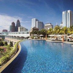 Отель Mandarin Oriental Kuala Lumpur Малайзия, Куала-Лумпур - 2 отзыва об отеле, цены и фото номеров - забронировать отель Mandarin Oriental Kuala Lumpur онлайн бассейн