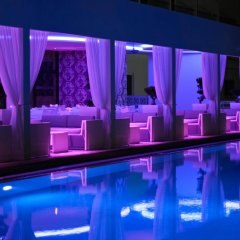 Sveltos Hotel бассейн