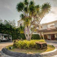 Отель The Pelican Residence & Suite Krabi Таиланд, Талингчан - отзывы, цены и фото номеров - забронировать отель The Pelican Residence & Suite Krabi онлайн парковка