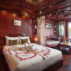 Отель Halong Royal Palace Cruise комната для гостей