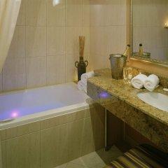 Отель Carriage House Inn Канада, Калгари - отзывы, цены и фото номеров - забронировать отель Carriage House Inn онлайн ванная
