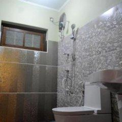 Отель Highcliffe Holiday Bungalow Шри-Ланка, Амбевелла - отзывы, цены и фото номеров - забронировать отель Highcliffe Holiday Bungalow онлайн ванная фото 2