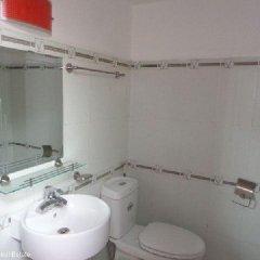 Отель Tan Long Apartment - Xuan Dieu Вьетнам, Ханой - отзывы, цены и фото номеров - забронировать отель Tan Long Apartment - Xuan Dieu онлайн ванная