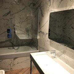 Гостиница Амурский отель в Иркутске отзывы, цены и фото номеров - забронировать гостиницу Амурский отель онлайн Иркутск ванная